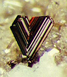 Titandioxid-Einkristall (Rutil)